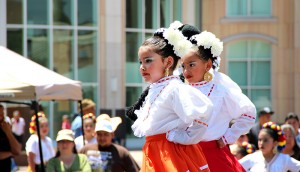 Children dancing at Cinco de Mayo celebration.