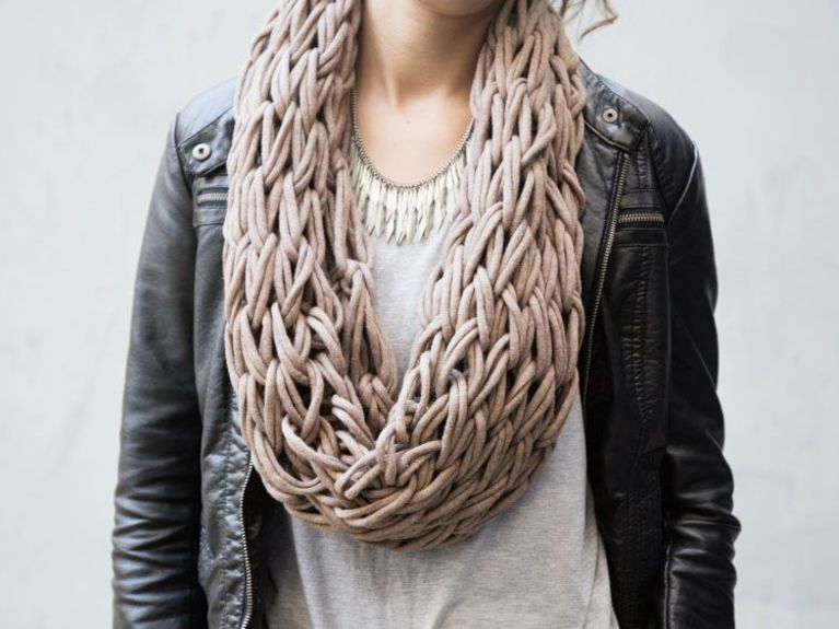 Learn how to make this super crafty infinity scarf in under an hour.